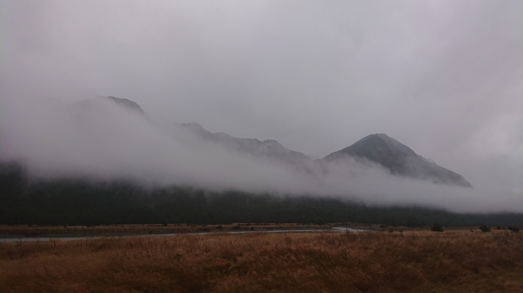 Clouds in front of the mountains in the Fiordland National Park