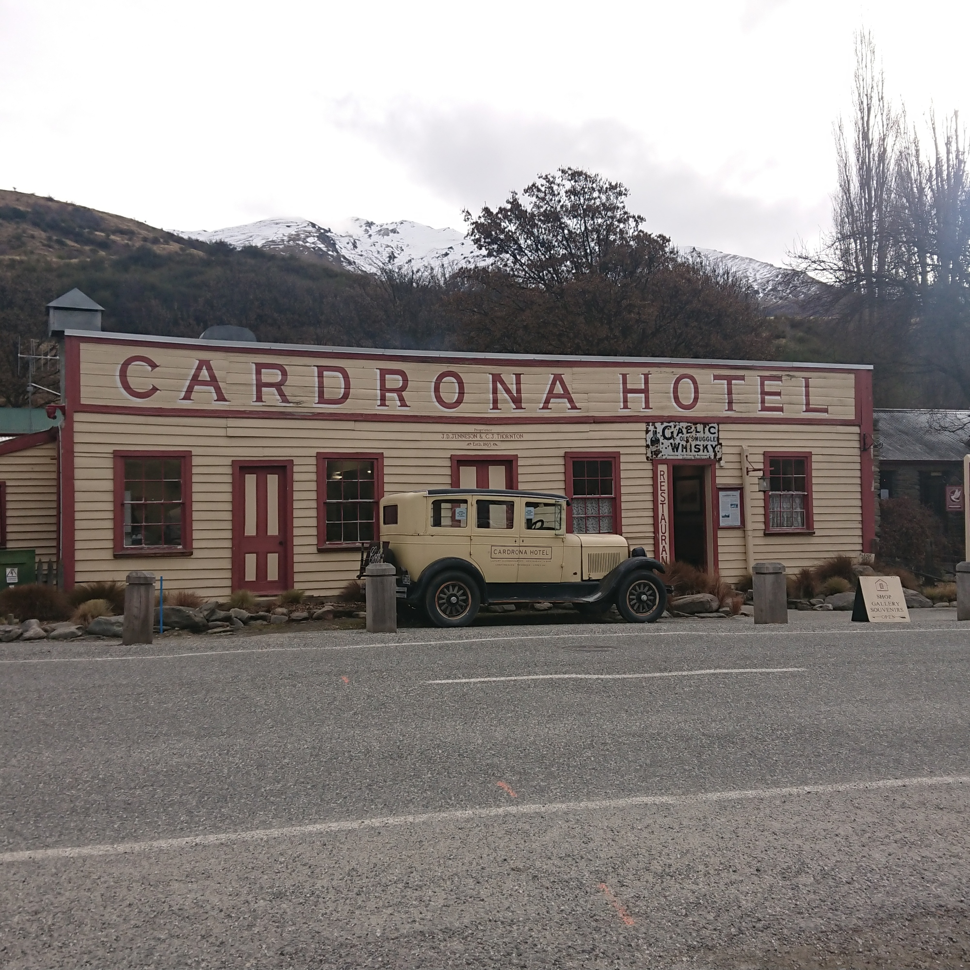 The Cardrona Hotel, one of the oldest pubs in New Zealand