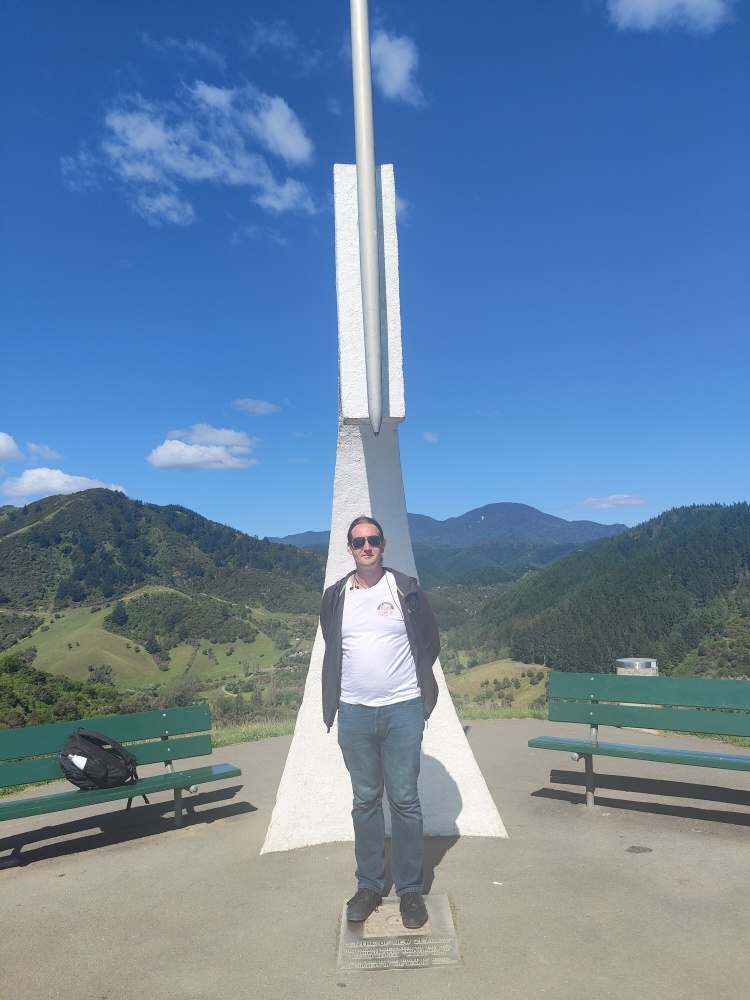 Standing at the geographical center of Aotearoa New Zealand