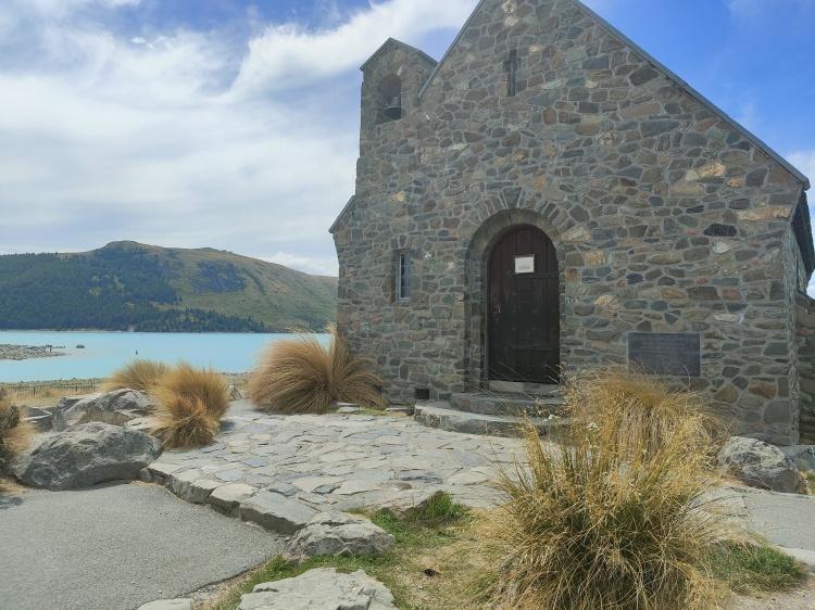 The Church of the Good Shepherd in front of Lake Tekapo