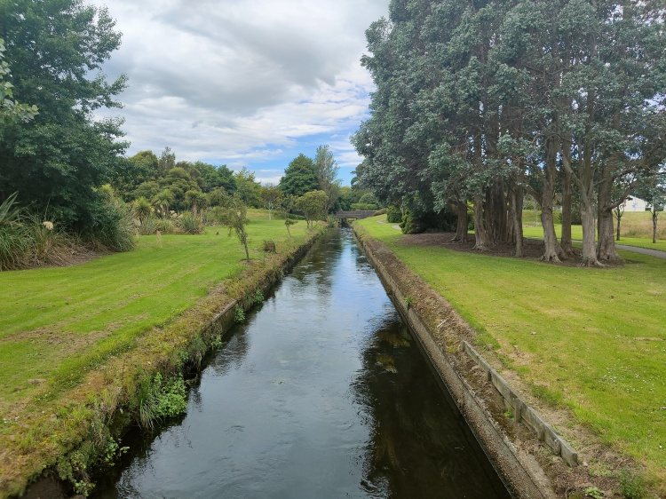 Otepuni Creek runs through several different sections, or little garden segments