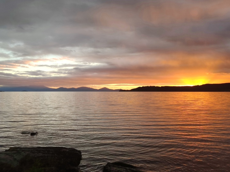 A gorgeous sunset of LAke Taupo, with Mt Doom in the distance